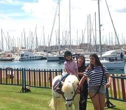 jovenes_ponis_y_embarcaciones_en_el_rcn_valencia.jpg