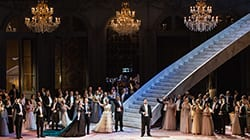 web-la_traviata_atto_i_un_totaleryasuko_kageyama-opera_di_roma_2015-16_1923.jpg